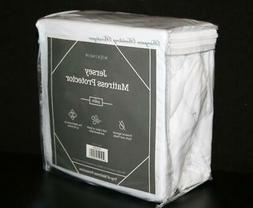 WEEKENDER Fitted Jersey Mattress Protector with Quiet Waterp