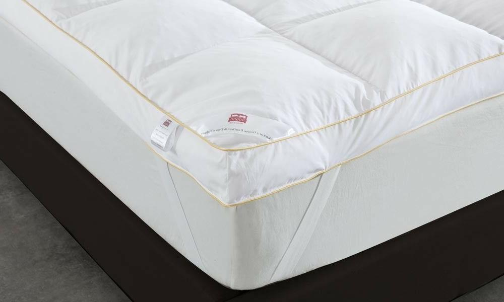 Goose Feather Down Mattress Topper 9cm Bed Protector
