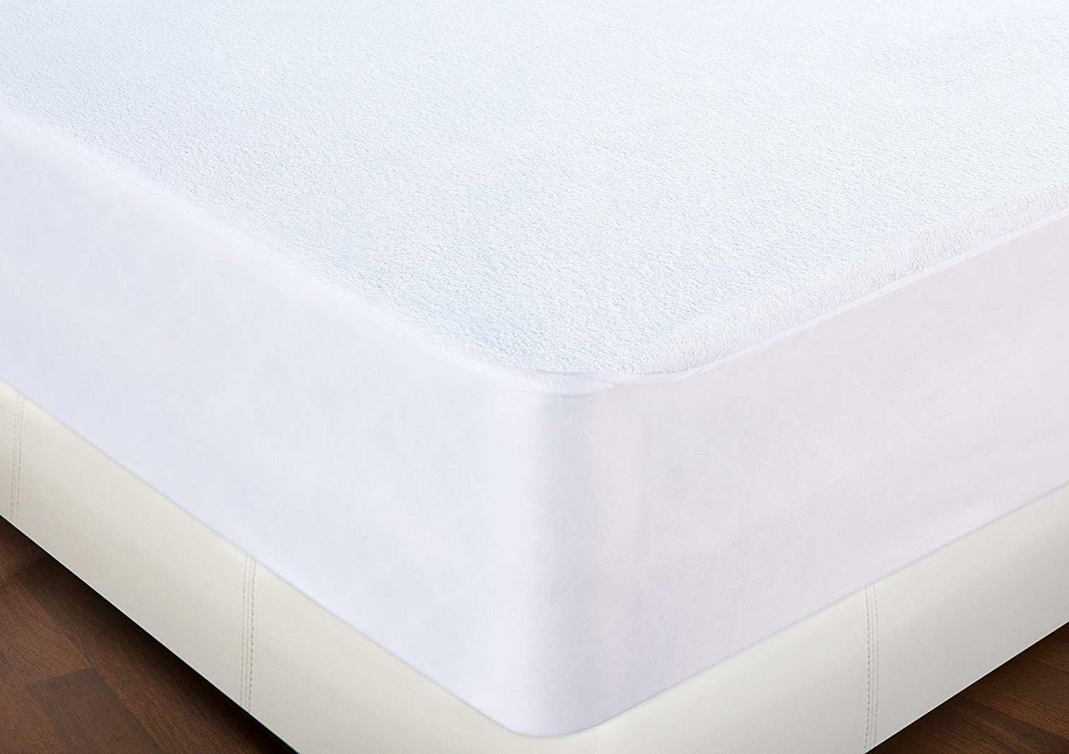 Hypoallergenic Waterproof Fitted Premium by Utopia Bedding